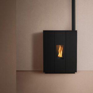 Silhouette-140V slimline wood pellet boiler
